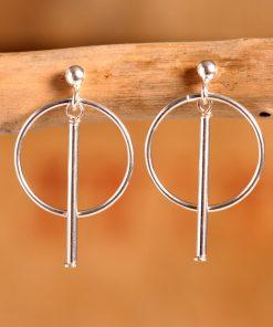 Boucles d'oreilles anneaux argent.